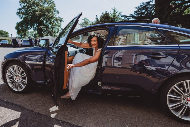 bride-car-leicester-registry-office
