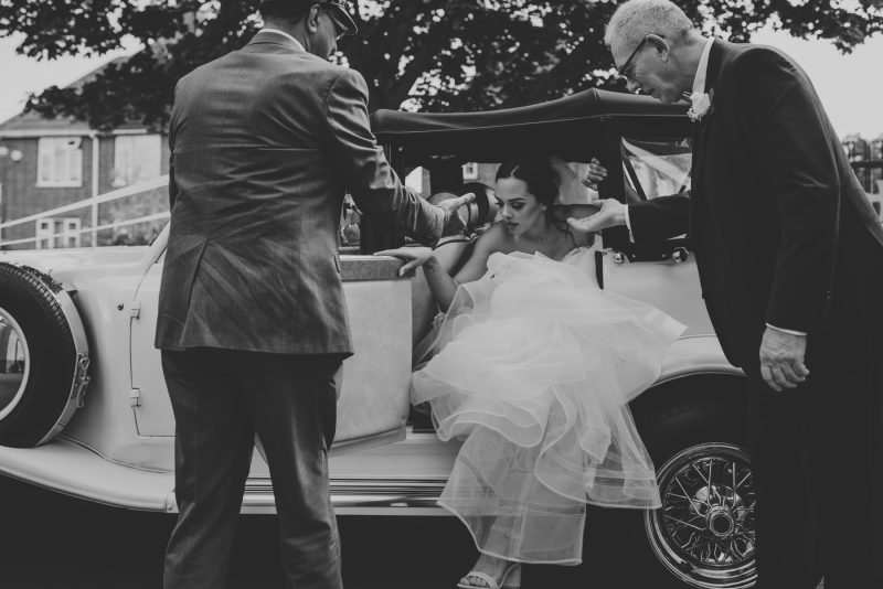 bride-arriving-at-church-wedding-leicester