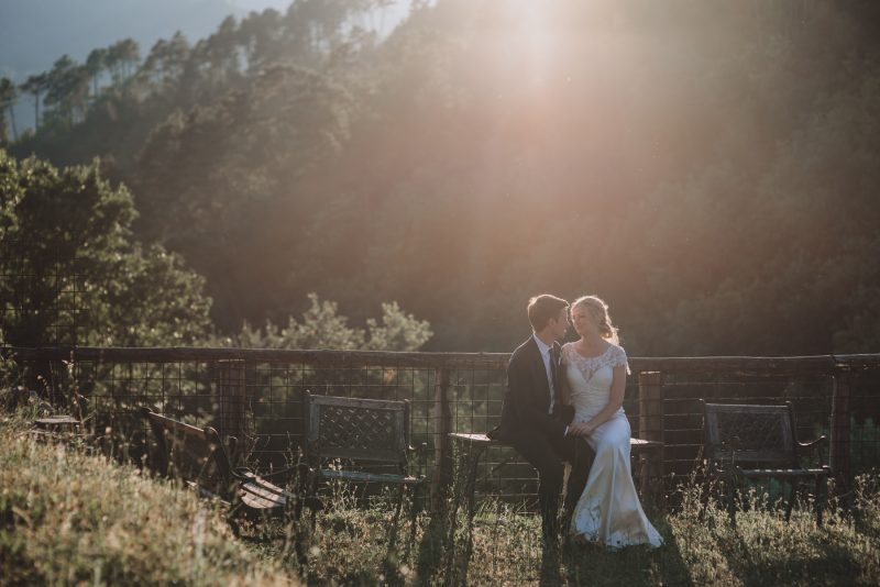 italian-wedding-bride-groom-sunlight